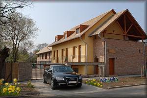 Vár-Lak Apartman Gyula